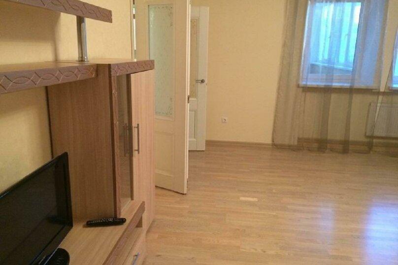 1-комн. квартира, 42 кв.м. на 2 человека, Минская улица, 67, Тюмень - Фотография 5