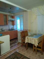 1-комн. квартира, 30 кв.м. на 3 человека, улица Ленина, 28, Алушта - Фотография 1