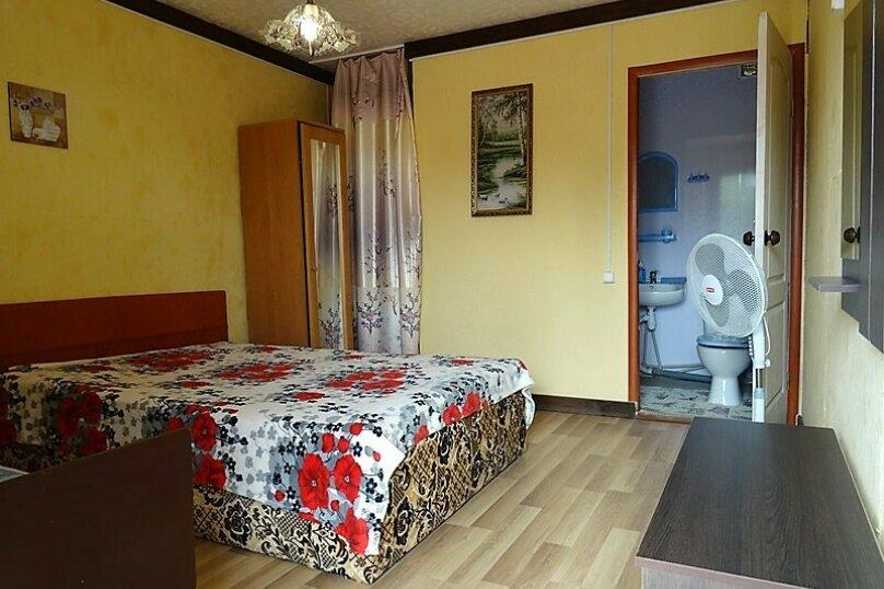 Комфорт трёхместный , Сосновая, 12, село Прибрежное (Евпатория) - Фотография 3