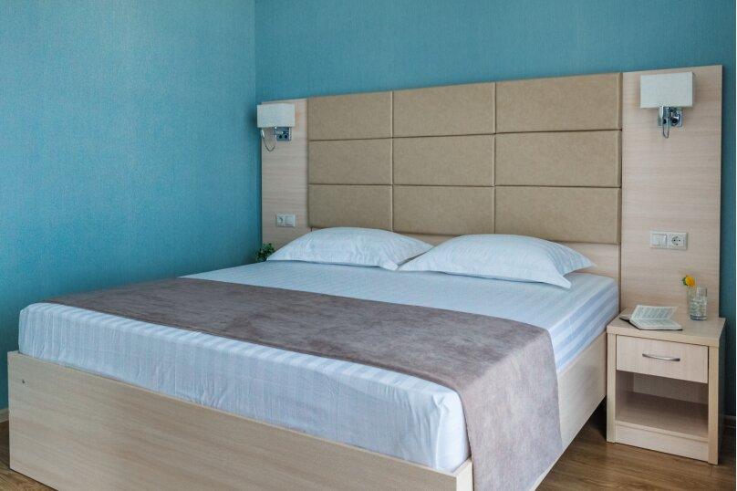 2-х комнатный люкс без вида на море, Южный проспект, 14, Витязево - Фотография 1