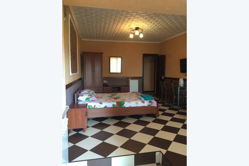 4-х местная комфортабельная комната , улица Сеченова, 13А, Ялта - Фотография 1