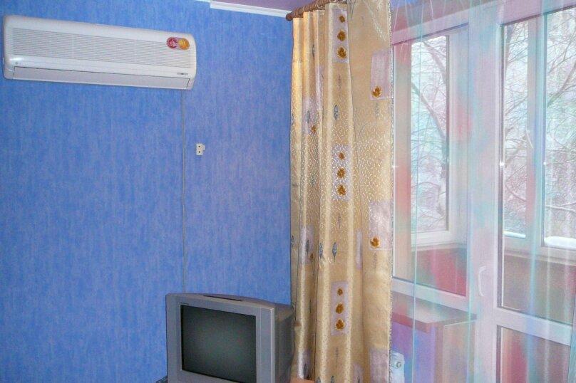 2-комн. квартира, 48 кв.м. на 4 человека, Заводская улица, 2, Тюмень - Фотография 1