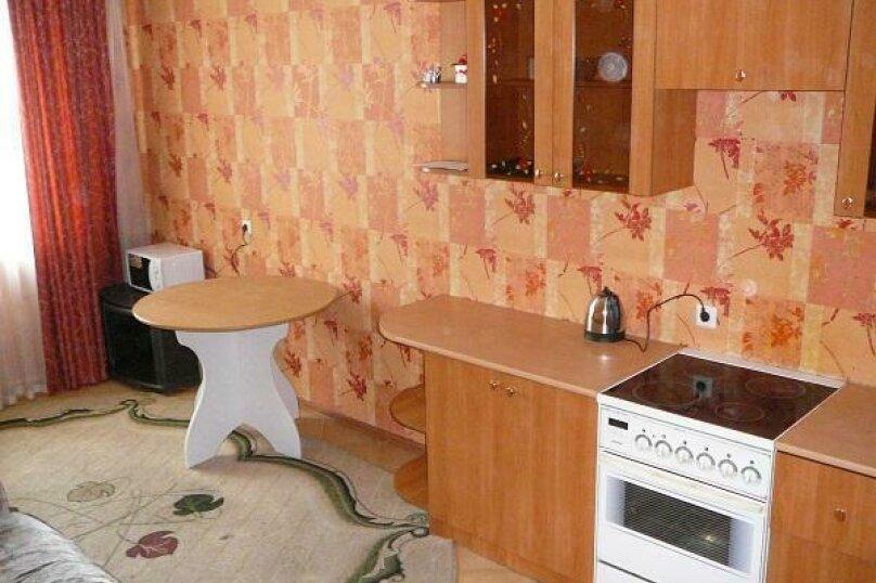 2-комн. квартира, 96 кв.м. на 4 человека, Холодильная улица, 138, Тюмень - Фотография 7