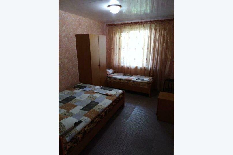 Гостевой дом Чепурова, Алычевый переулок, 1 на 15 комнат - Фотография 49