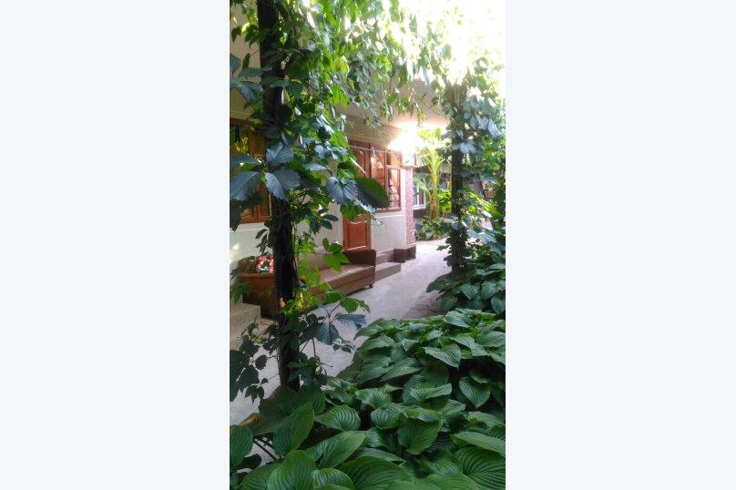 трехместный номер с кондиционером, Садовая улица, 12-А, Малореченское - Фотография 2