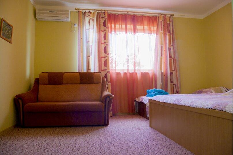 Комната с кухонной зоной для семьи из 4 человек, улица Слесова, 117/2, Благовещенская - Фотография 5