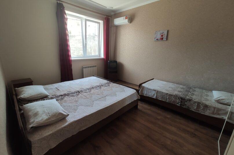 Гостевой дом НикОль, Декабристов, 229 на 23 комнаты - Фотография 15