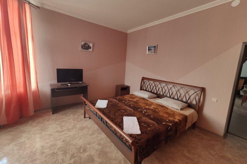 Гостевой дом НикОль, Декабристов, 229 на 23 комнаты - Фотография 17