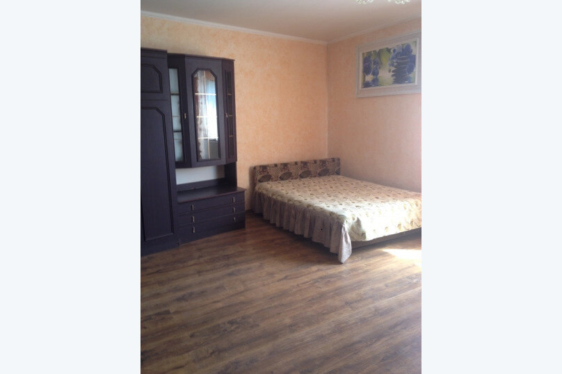 2-х комнатный номер , Симферопольская улица, 77А, Евпатория - Фотография 1