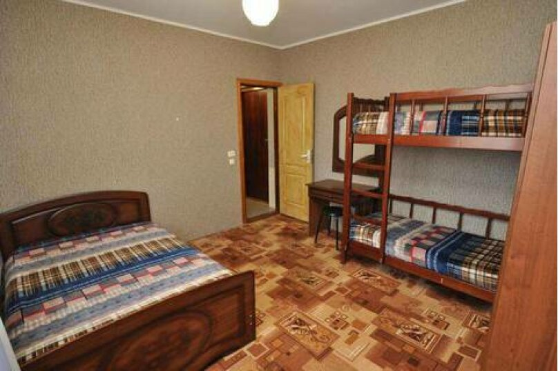 2-х комнатные 4−6-ти местные номера «Стандарт», улица Горького, 53, Витязево - Фотография 4