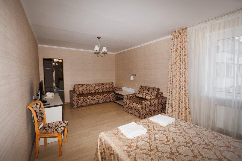 Семейный номер, улица Гоголя, 111, Мостовской - Фотография 1