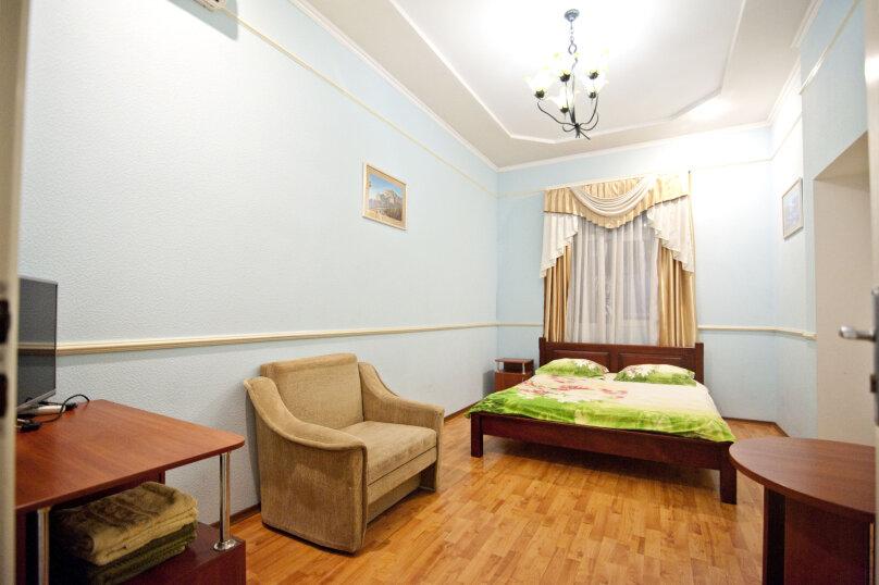 Дом на 12 человек со своим двором в центре Ялты на ул. Боткинская , 115 кв.м. на 12 человек, 4 спальни, Боткинская улица, 23, Ялта - Фотография 6