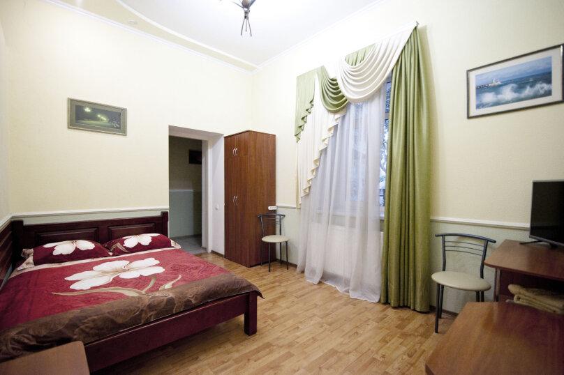 Дом на 12 человек со своим двором в центре Ялты на ул. Боткинская , 115 кв.м. на 12 человек, 4 спальни, Боткинская улица, 23, Ялта - Фотография 8