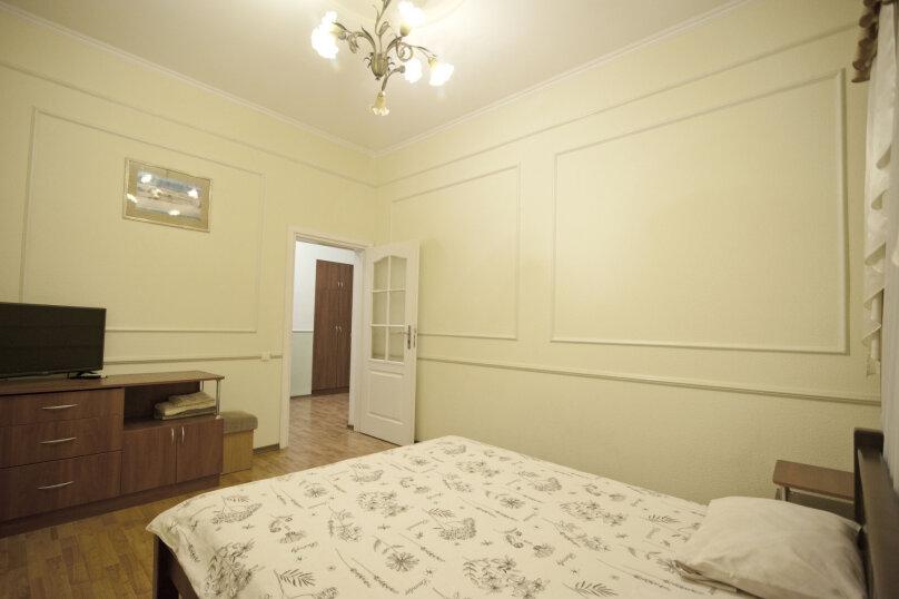 Дом на 12 человек со своим двором в центре Ялты на ул. Боткинская , 115 кв.м. на 12 человек, 4 спальни, Боткинская улица, 23, Ялта - Фотография 12