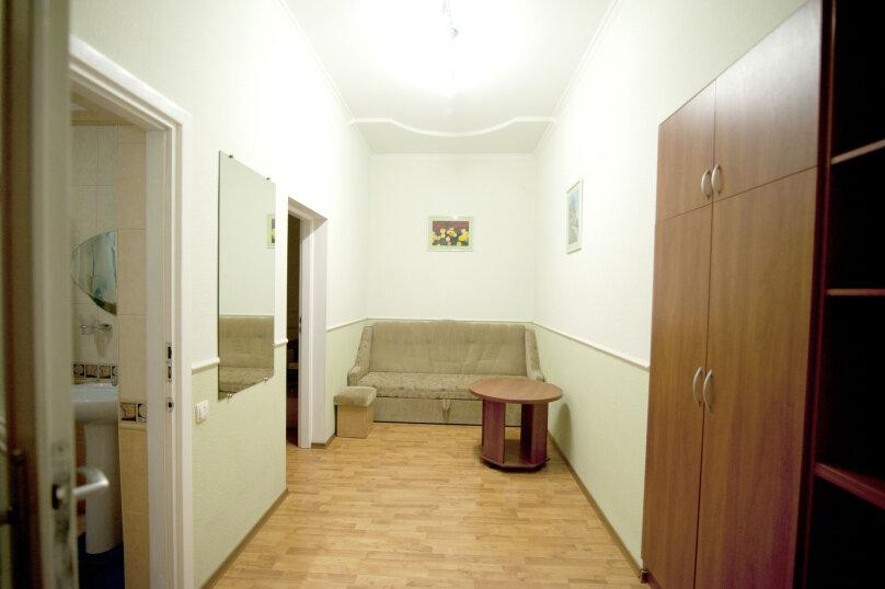 Дом на 12 человек со своим двором в центре Ялты на ул. Боткинская , 115 кв.м. на 12 человек, 4 спальни, Боткинская улица, 23, Ялта - Фотография 13