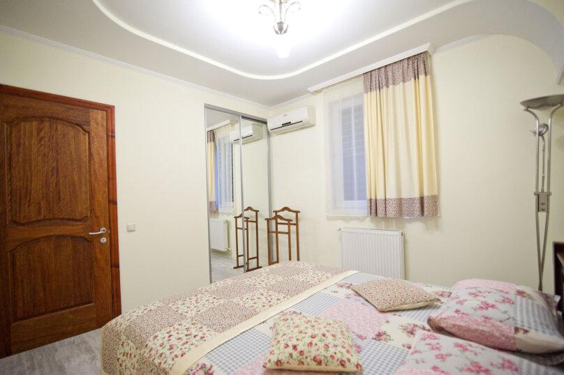 3-комн. квартира, 60 кв.м. на 6 человек, улица Чехова, 13, Ялта - Фотография 10