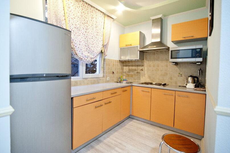 3-комн. квартира, 60 кв.м. на 6 человек, улица Чехова, 13, Ялта - Фотография 13