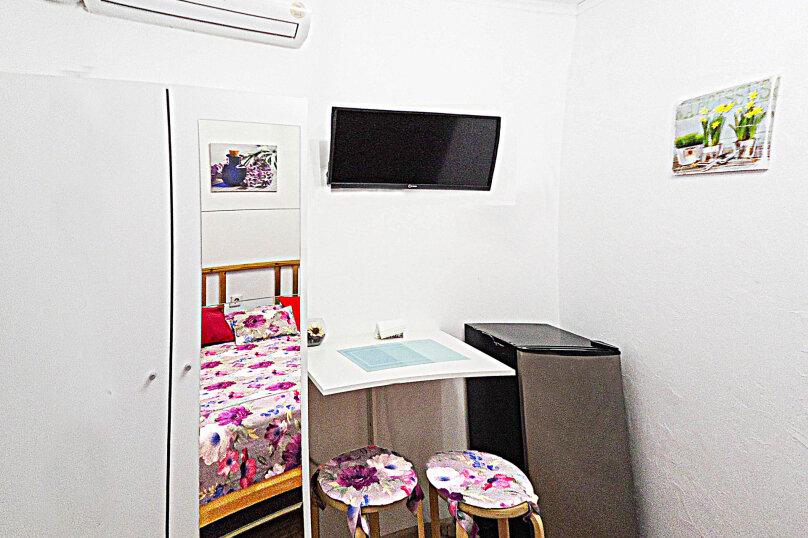 1-комн. квартира, 14 кв.м. на 2 человека, проспект Дзержинского, 240, Новороссийск - Фотография 6