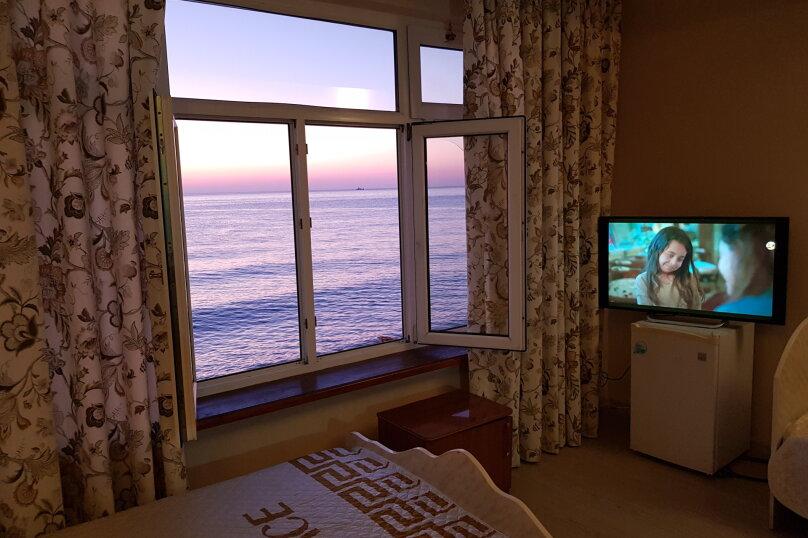 Семейный номер люкс с видом на море, Азовская улица, 12/2, Лоо - Фотография 1