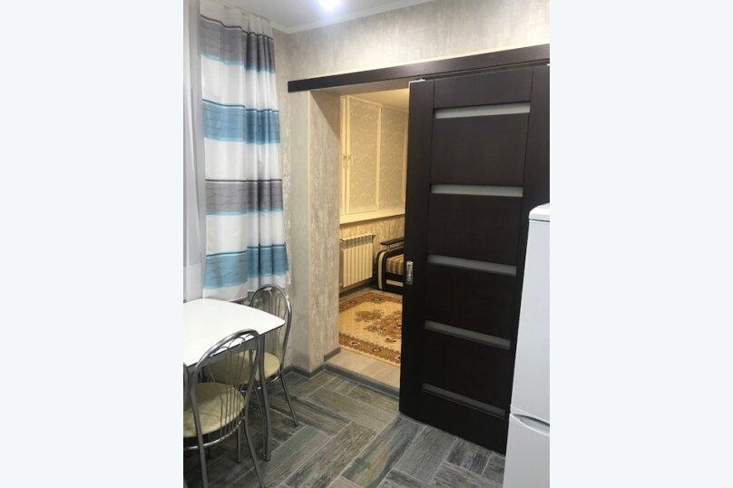 2-комн. квартира, 40 кв.м. на 4 человека, улица Победы, 176, Лазаревское - Фотография 11