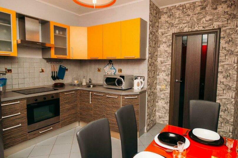 2-комн. квартира, 55 кв.м. на 4 человека, проспект Маршала Жукова, 88, Волгоград - Фотография 1
