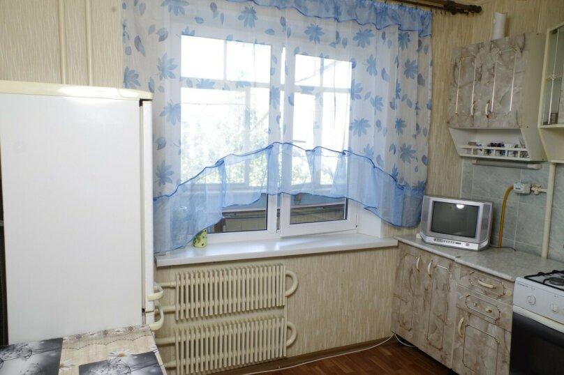 1-комн. квартира, 34 кв.м. на 3 человека, улица 60 лет Октября, 10, Белгород - Фотография 6
