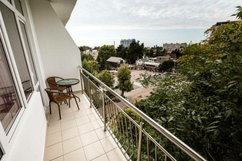 Номер «Стандарт» 2-х местный с балконом, улица Победы, 76, Лазаревское - Фотография 2
