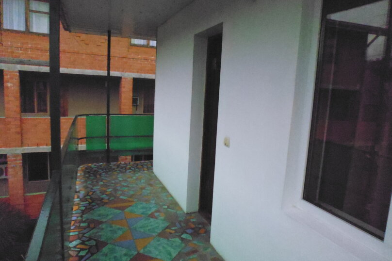 Гостевой дом Чепурова, Алычевый переулок, 1 на 15 комнат - Фотография 127