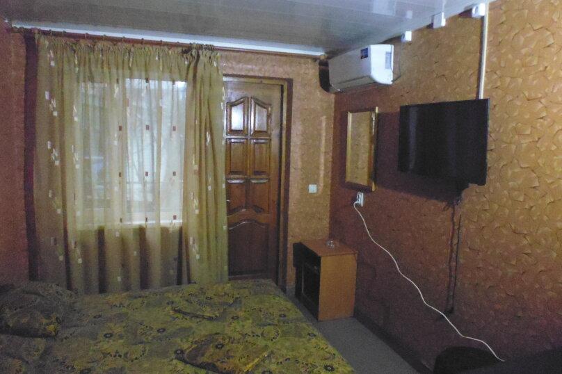 Гостевой дом Чепурова, Алычевый переулок, 1 на 15 комнат - Фотография 53