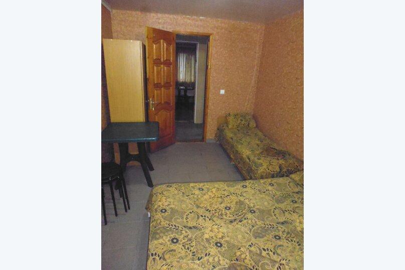 Гостевой дом Чепурова, Алычевый переулок, 1 на 15 комнат - Фотография 54