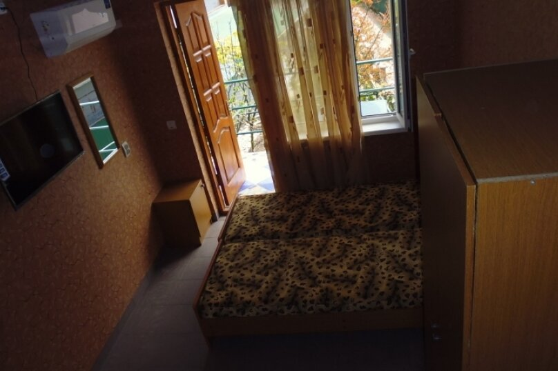 Гостевой дом Чепурова, Алычевый переулок, 1 на 15 комнат - Фотография 56