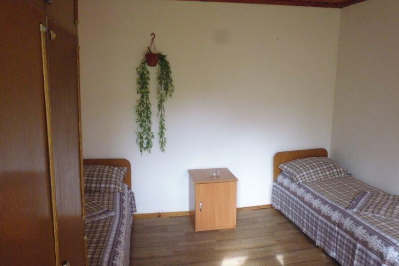 Гостевой дом Чепурова, Алычевый переулок, 1 на 15 комнат - Фотография 39