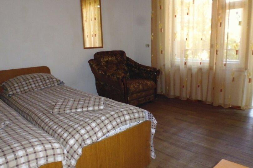 Гостевой дом Чепурова, Алычевый переулок, 1 на 15 комнат - Фотография 40