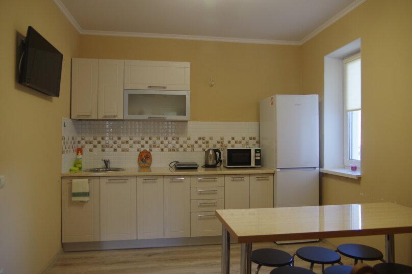 Отдельная комната, Калининградское шоссе, 10А, Калининград - Фотография 1