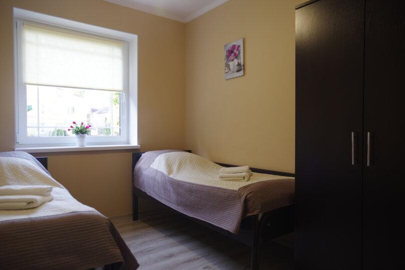 Отдельная комната, Калининградское шоссе, 10А, Калининград - Фотография 8