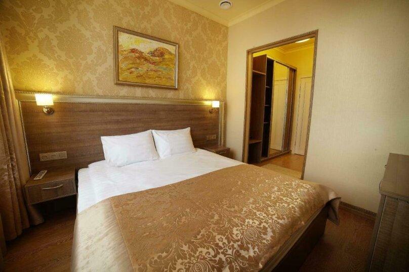 Стандартный  номер с двуспальной кроватью, деревня Мисайлово, Луговая улица, с20, Москва - Фотография 1