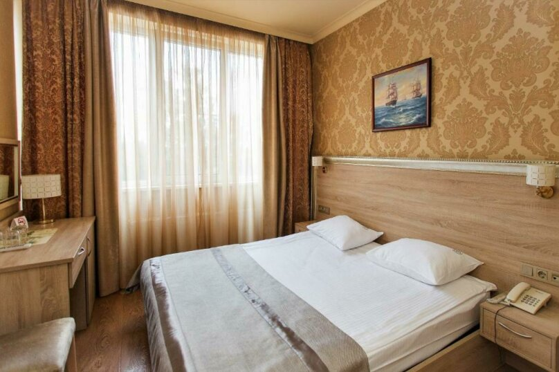 Стандартный  номер с двуспальной кроватью, деревня Мисайлово, Луговая улица, с20, Москва - Фотография 2