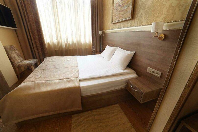 Стандартный  номер с двуспальной кроватью, деревня Мисайлово, Луговая улица, с20, Москва - Фотография 4