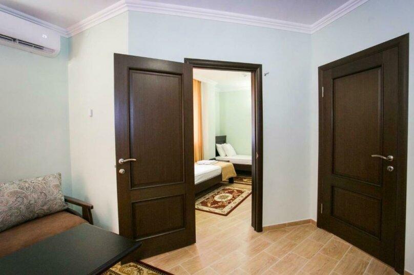 ПолуЛюкс «Junior Suite», улица Агумава, 2, Сухум - Фотография 3