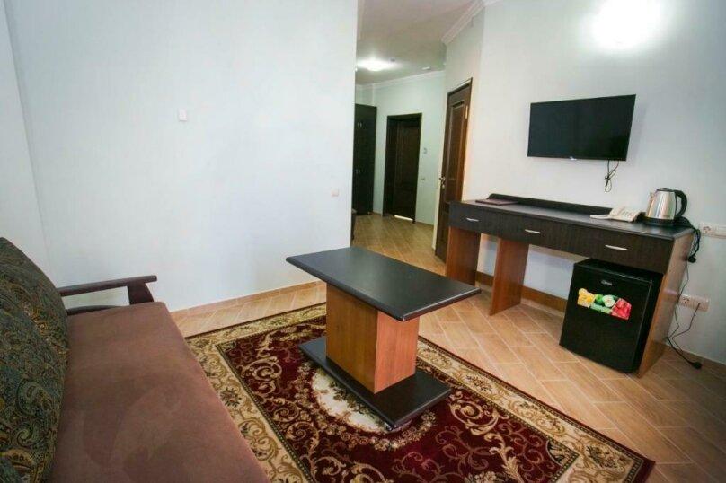 Люкс «Suite», улица Агумава, 2, Сухум - Фотография 4