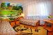 Номер семейный трехместный и двухместный с общим санузлом, красный коттедж:  Номер, Семейный, 5-местный, 2-комнатный - Фотография 24