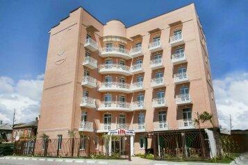 """Отель """"АКРА"""", улица Агумава, 2 на 33 номера - Фотография 1"""