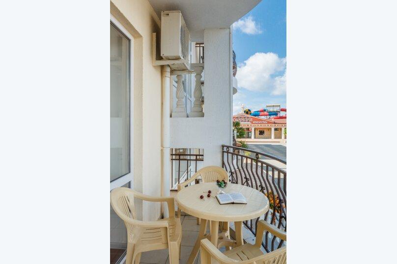 2-х местный полулюкс с балконом, улица Золотые Пески, 15, Витязево - Фотография 3