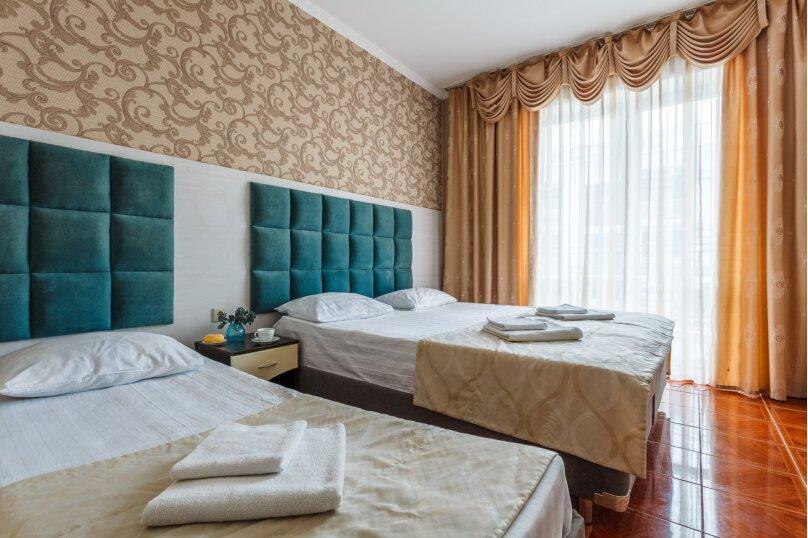 4-х местный полулюкс с балконом, улица Золотые Пески, 15, Витязево - Фотография 6