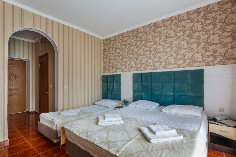 4-х местный полулюкс с балконом, улица Золотые Пески, 15, Витязево - Фотография 8