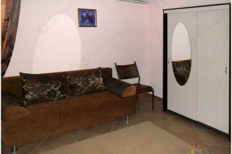 """""""Полулюкс"""" 2-комнатный, Десантная улица, 22, Геленджик - Фотография 2"""