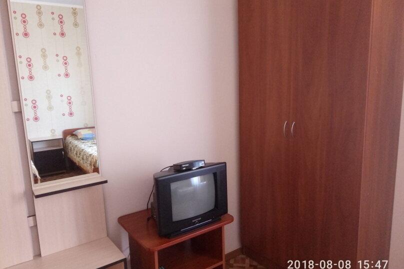 4-х местная 2эт., Зеленая, 24, Новофёдоровка, Саки - Фотография 2