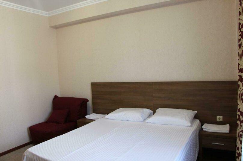Стандартный двухместный номер с 1 кроватью или 2 отдельными кроватями, , , Сухум - Фотография 8