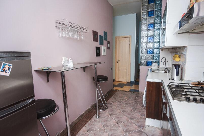 3-комн. квартира, 70 кв.м. на 6 человек, улица Моисеенко, 4, Санкт-Петербург - Фотография 3