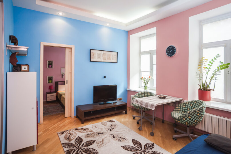 3-комн. квартира, 70 кв.м. на 6 человек, улица Моисеенко, 4, Санкт-Петербург - Фотография 7